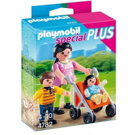 4782-MAMAN AVEC ENFANTS ET LANDEAU-jouets-sajou-56