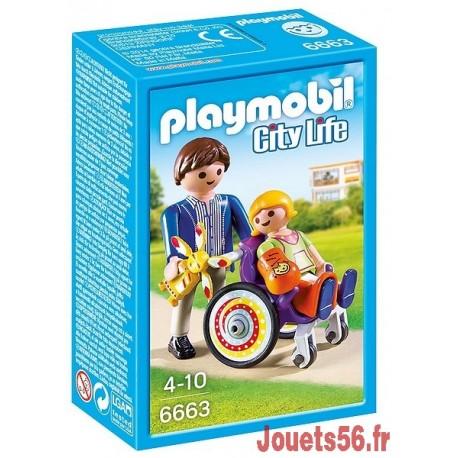 6663 ENFANT  AVEC FAUTEUIL ROULANT ET PAPA-jouets-sajou-56